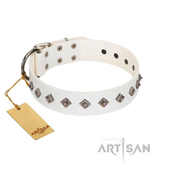 """Snowy Day"" Stylish FDT Artisan White Leather dog Collar with Small Dotted Pyramids"