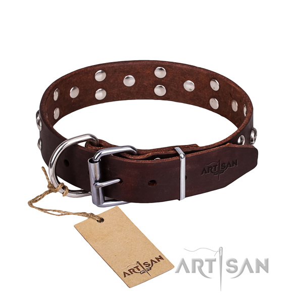 Leather dog collar with smooth edges for convenient daily wearing