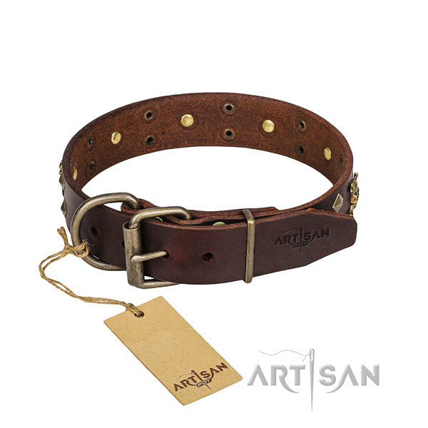 Leather dog collar with worked out edges for comfy strolling