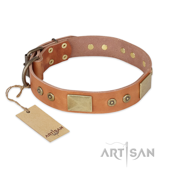 Easy to adjust natural genuine leather dog collar for basic training