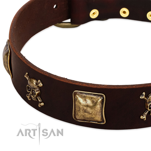 Best quality full grain natural leather dog collar with unique decorations