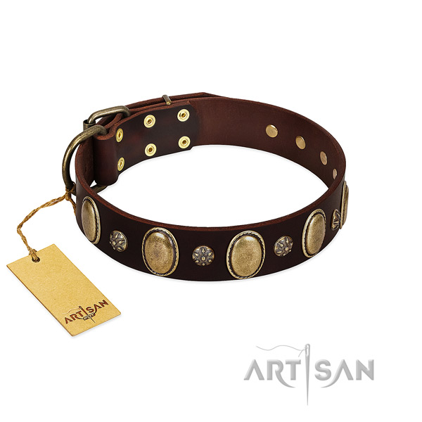 Handy use best quality genuine leather dog collar with decorations