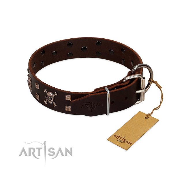 Handy use soft to touch natural leather dog collar with studs