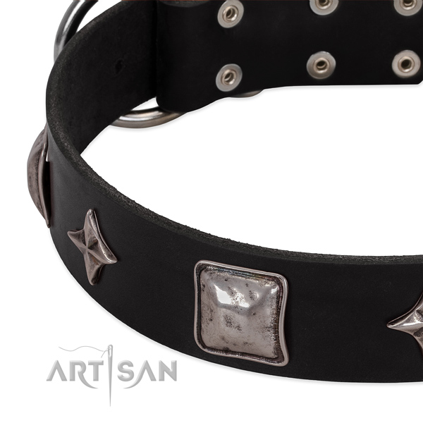 Extraordinary embellished genuine leather dog collar for easy wearing