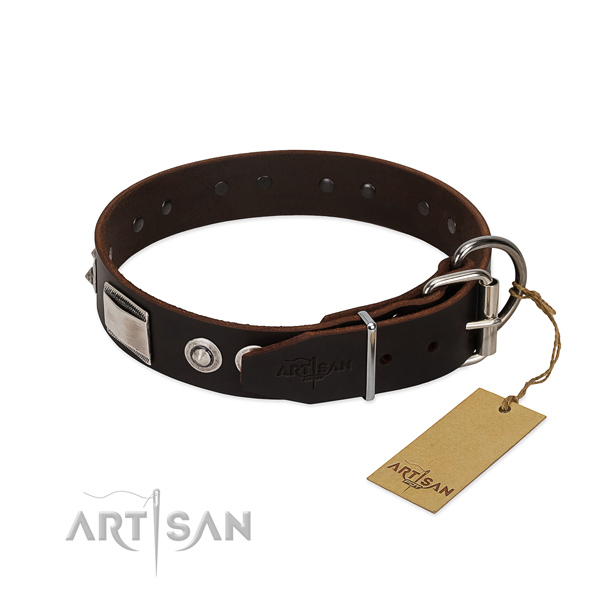 Top notch natural leather collar for your doggie