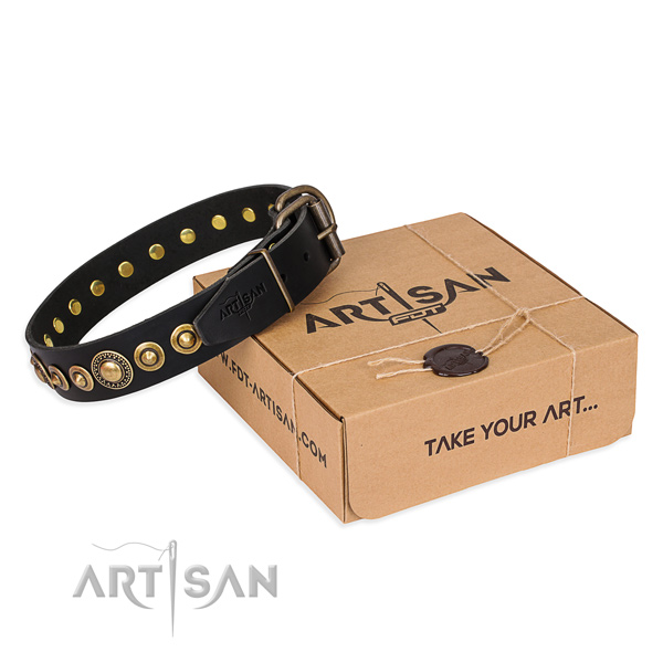 Flexible full grain genuine leather dog collar handmade for daily walking