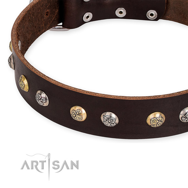 Full grain genuine leather dog collar with stylish design durable decorations