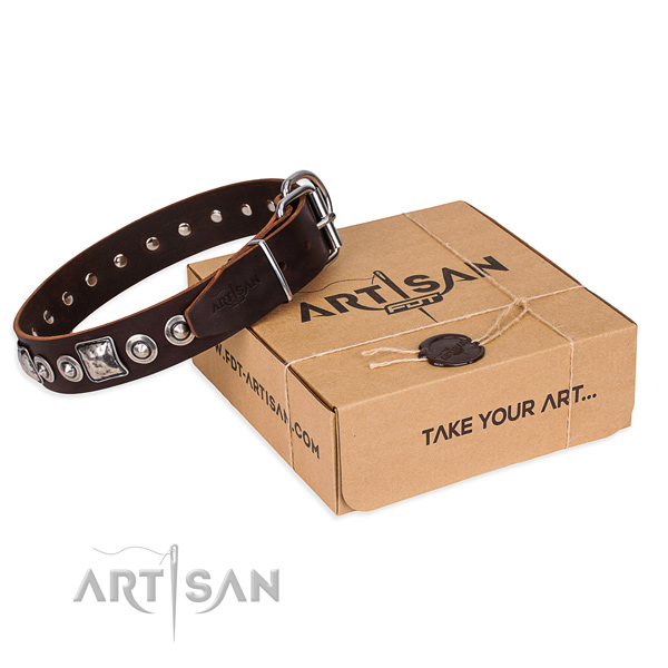 Full grain genuine leather dog collar made of reliable material with rust resistant traditional buckle
